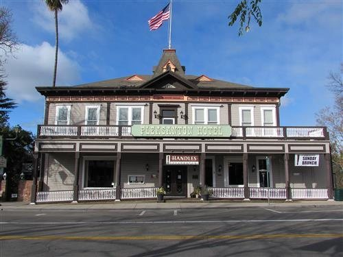 Once a hotel, this restaurant is reportedly haunted by a prostitute who was murdered here in the late 1800's.